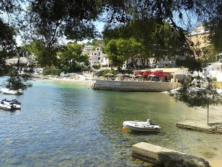 Bar Playa at Cala Ponset - a serendipitous find