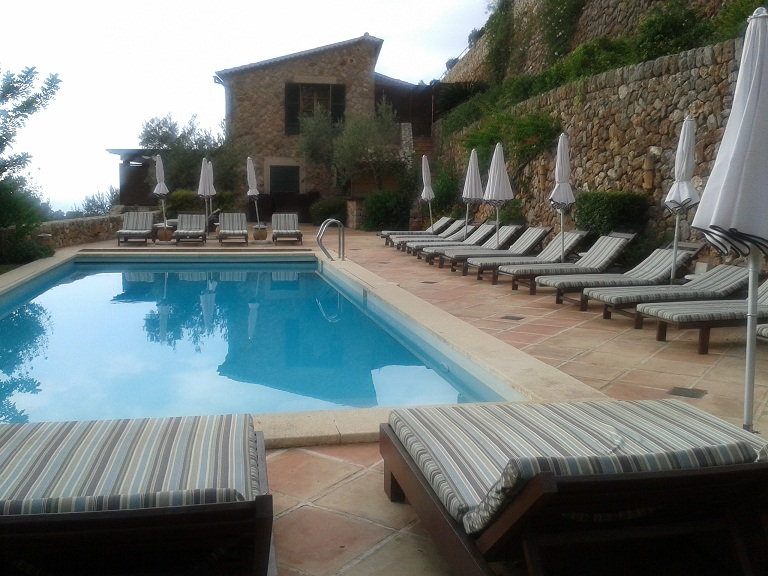 The upper pool at La Resi (there are three in total)