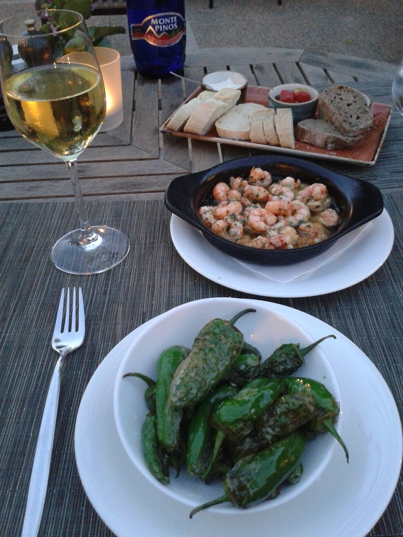 Some traditional Mallorcan delicacies: garlic prawns and salty padron peppers