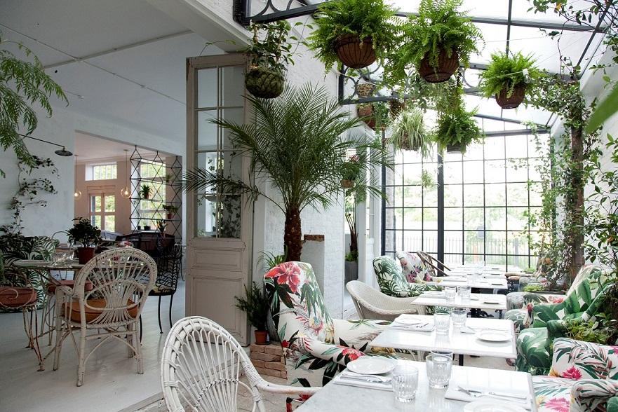 Bourne & Hollingsworth Buildings restaurants in exmouth market