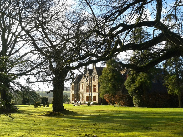 Huntsham Court Devon: relaxed exclusive use country living
