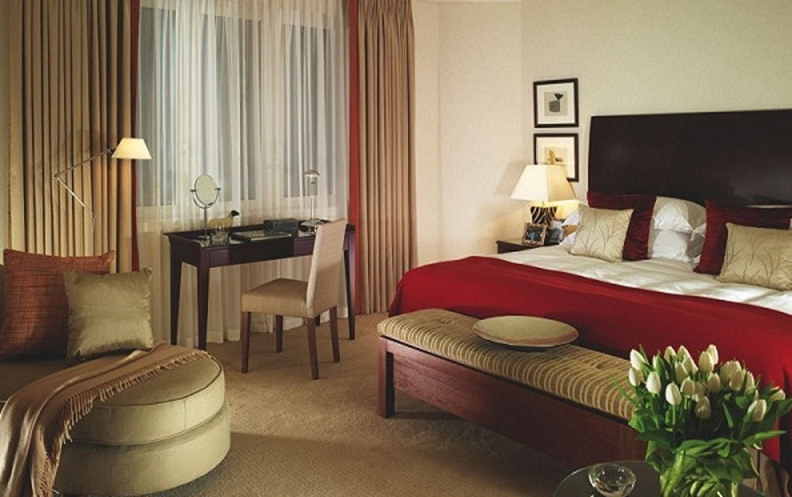 Cheval Residences serviced apartments London; a home rather than a hotel