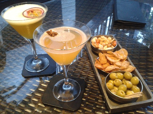 Drinking martinis at the best hotel bars in London