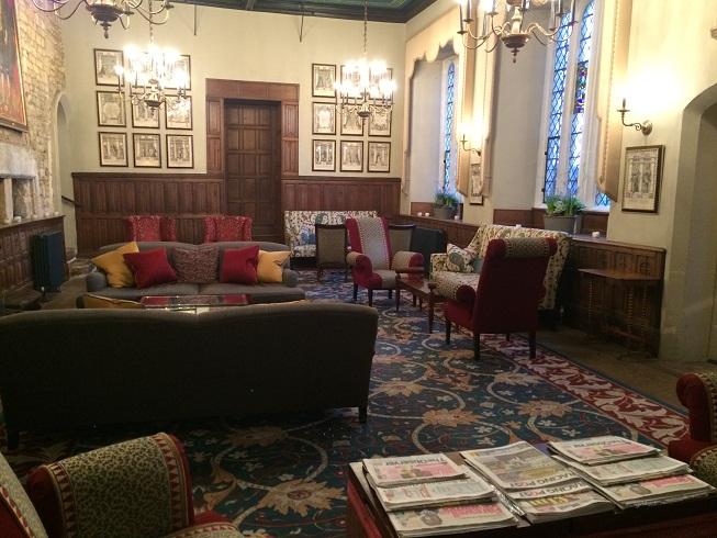 main tea lounge