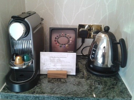 luxury hotels coffee kettle tea