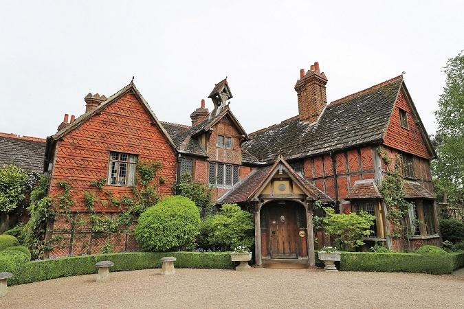 Langshott Manor, Surrey: regal luxury in an Elizabethan manor house