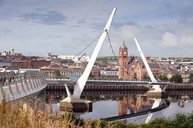 ALadyofLeisure.com 48 hours in Derry