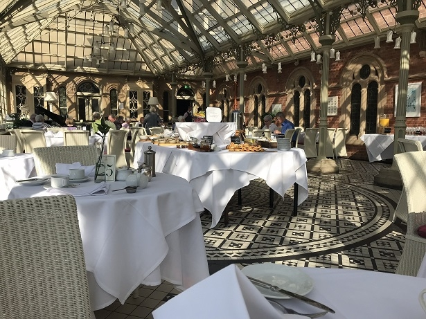 sun shining in the Orangery restaurant