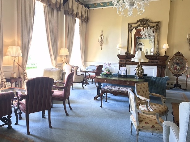 Main lounge at Kilworth House hotel