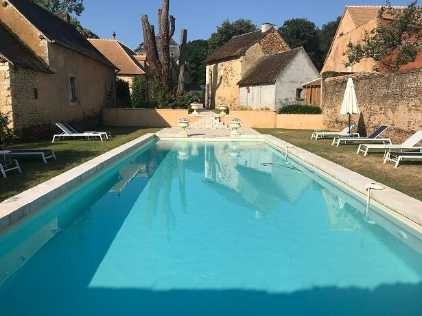 The pool at La Groirie