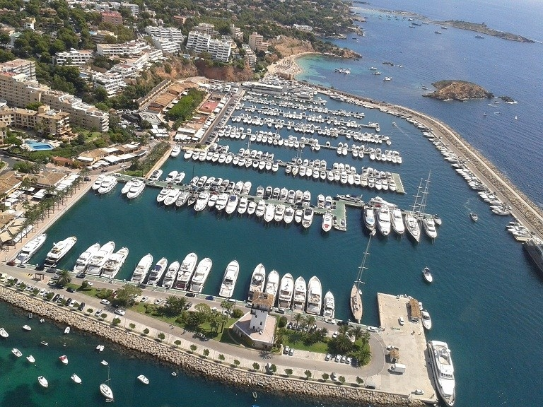 Exploring Mallorca for the first time: by helicopter, road and luxury yacht