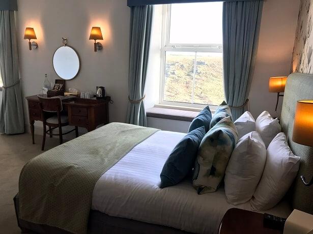 Bedroom Mullion Cove hotel Cornwall