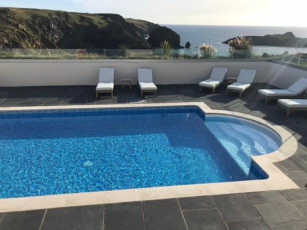 Mullion Cove hotel outdoor pool