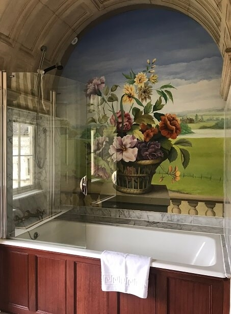 The bathroom in the Crabtree & Evelyn room