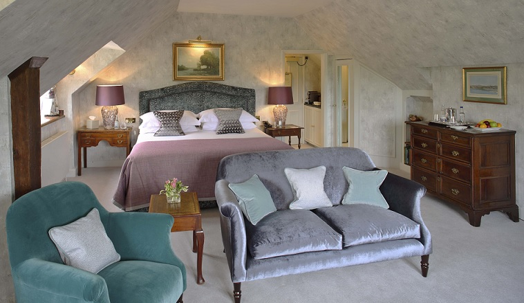 best hotels in west sussex gravetye manor pear bedroom