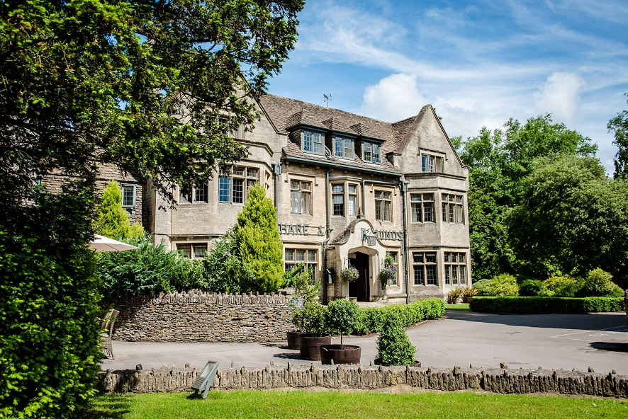 Relaxing in grand style in Cotswolds hotel the Hare and Hounds Tetbury