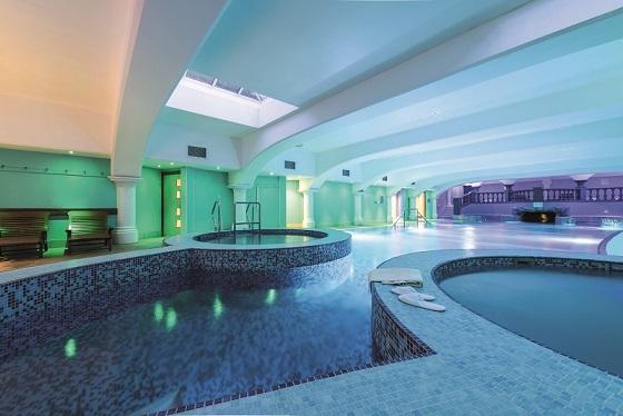 Hoar Cross Hall review pool
